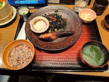 沖目鯛の醤油麹漬け炭火焼き定食1