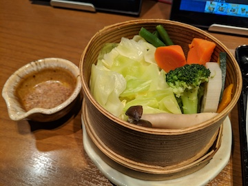 和ーニャカウダで食べる、野菜のせいろ蒸し1