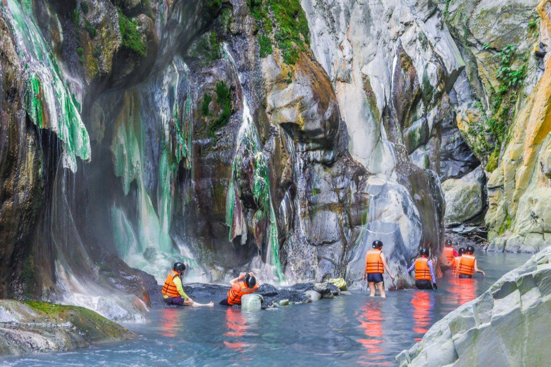 全台最美野溪溫泉「栗松溫泉」
