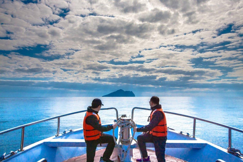 龜山島牛奶海一日遊|出發到宜蘭仙境龜山島享受無敵美景牛奶海~