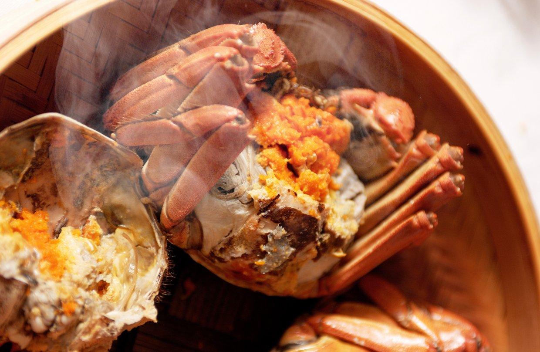 螃蟹要現煮現吃