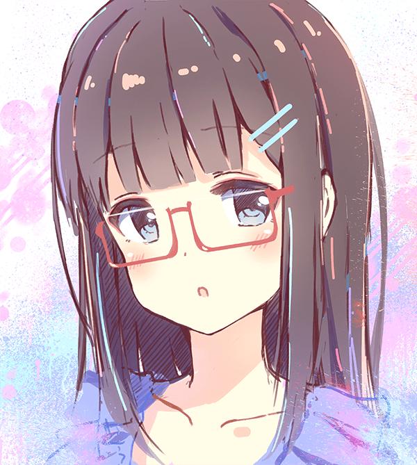 眼鏡の女の子イラスト