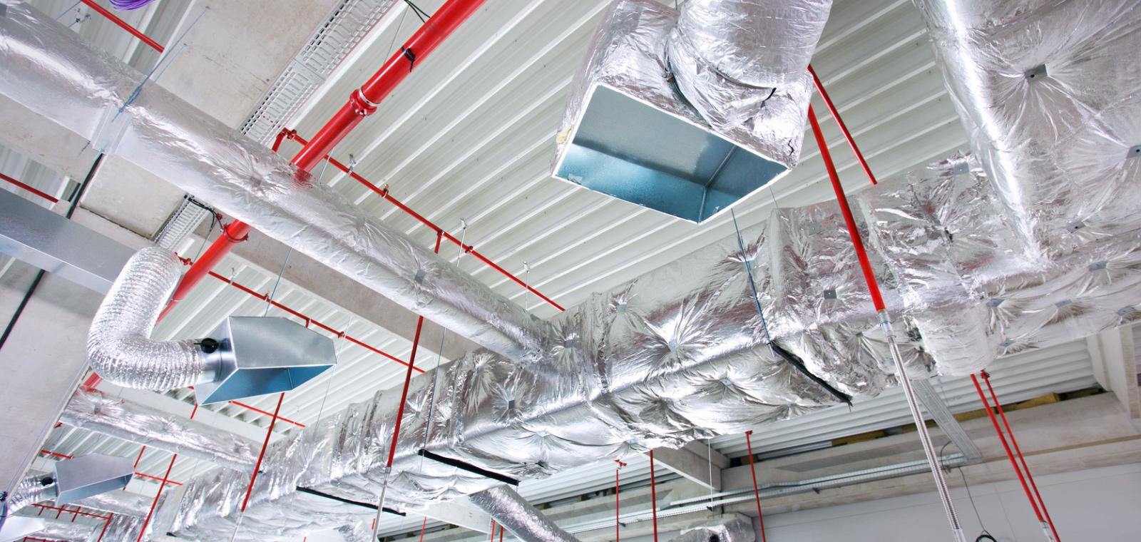 空調を中心に設備工事一式を幅広く承ります!