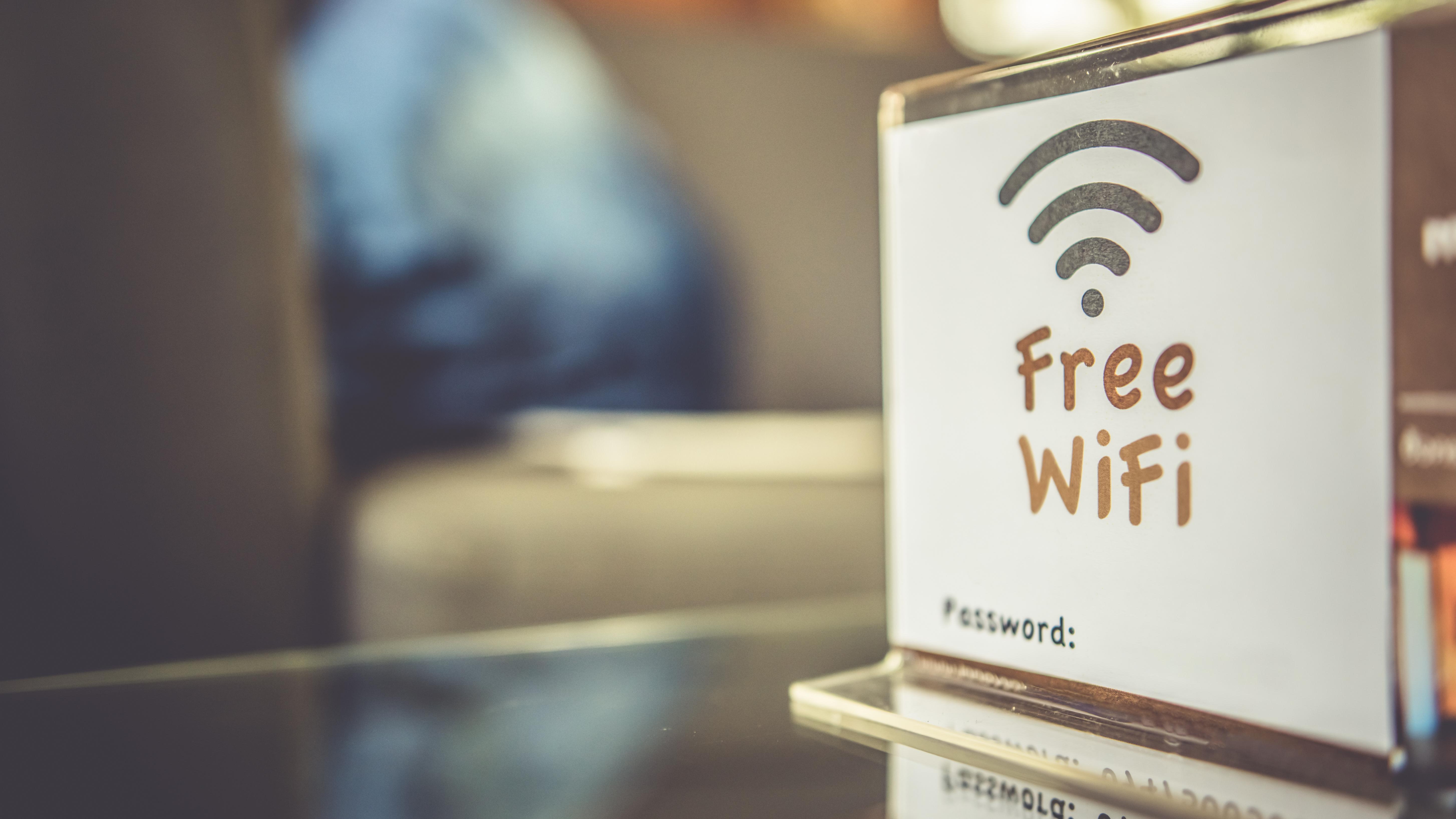 便利なフリーWi-Fiを使いこなすために知っておきたいこと