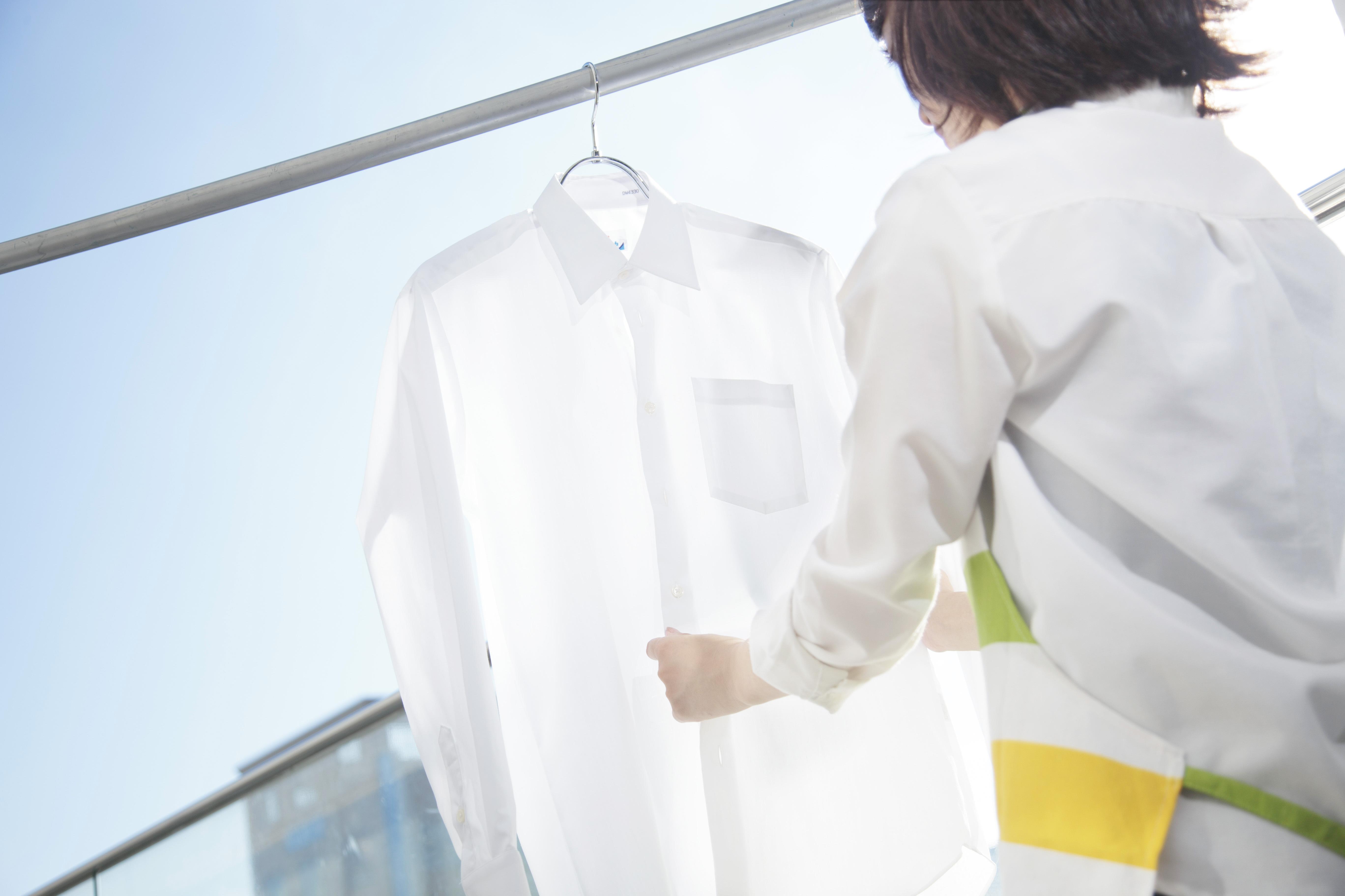 面倒なアイロンがけ。時短を叶えるシャツの選び方。