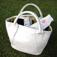 ゴルフを自分らしく楽しませてくれる「COGLOF」新作レザートートバッグ