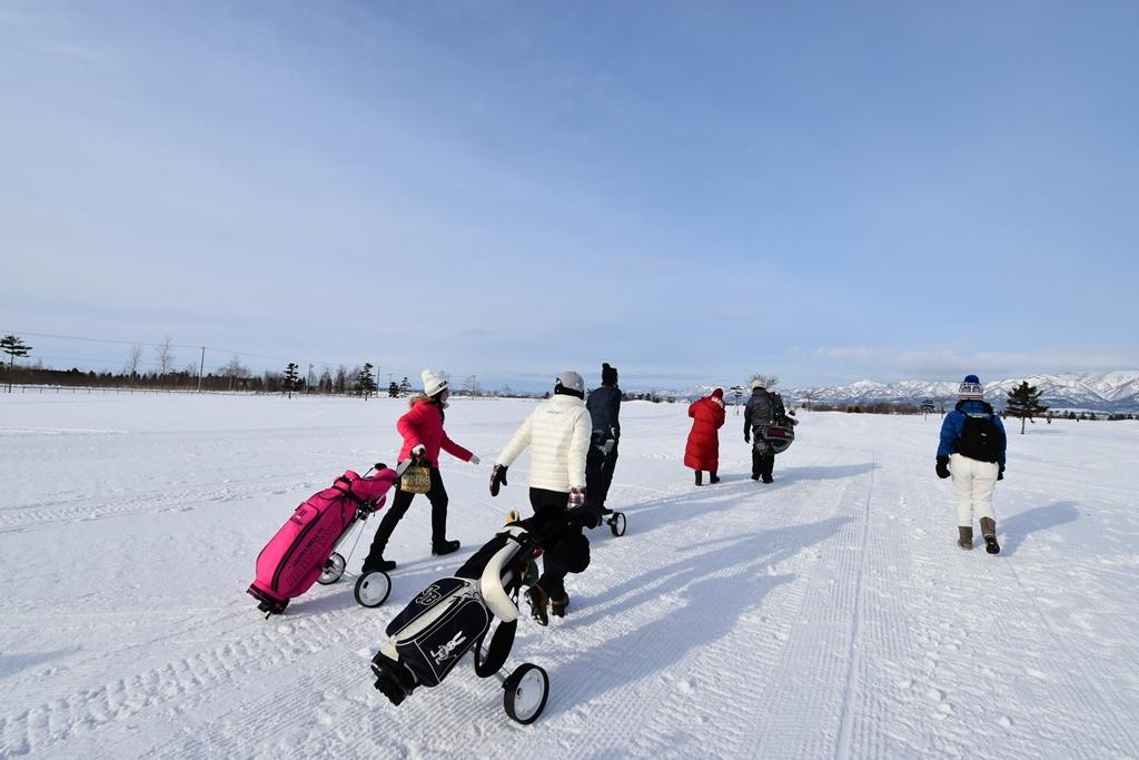 氷点下、みんなで回れば怖くない!北海道ウィンターゴルフイベントレポート