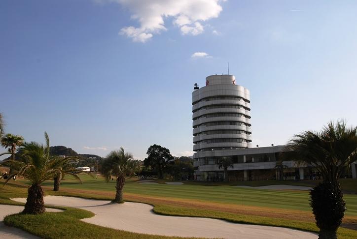 男子プロゴルファーナビ「リゾート気分でゴルフ観戦!日本シニアオープンゴルフ選手権をマルごと楽しもう」