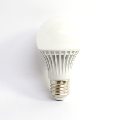 LED9W省電超亮節能高CP值燈泡 (4.7折)