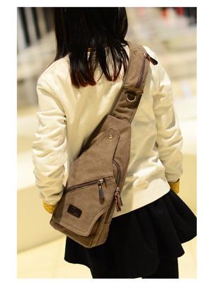 多夾層斜肩胸包 帆布不敗潮流包 男女通用輕便上課包 (7.5折)