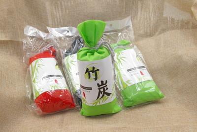 日式古樸竹碳布包135G 車用空氣淨化除味 居家用除濕防霉除煙味活性碳 冰箱除臭包 (4.4折)