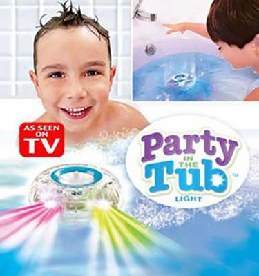 【funKids】兒童戲水/洗澡/泳池LED飛碟球 (7.3折)