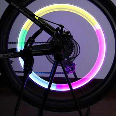 【OUTBOUND】感光感震LED車輪警示燈/輪圈燈(一組2入)附電池 (6.7折)