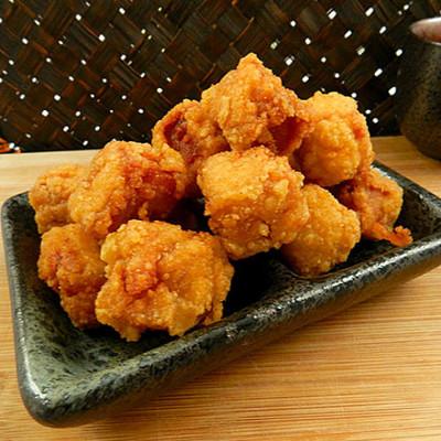 【日式脆皮Q嫩骰子炸雞】 (2.2折)
