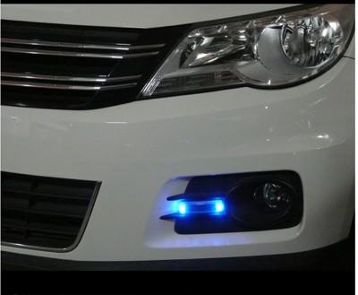 汽車太陽能防追尾警示燈 (2.5折)