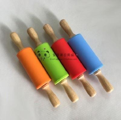 矽膠擀麵杖實木手柄滾軸特不粘餃子皮擀麵棍擀麵棒廚房必備 (8折)