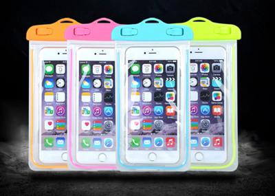 夏季必備螢光可觸控手機防水袋,5.7吋以下手機適用! (2折)