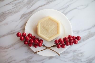 法國原裝進口乳油木果脂蜂蜜皂 (4.7折)