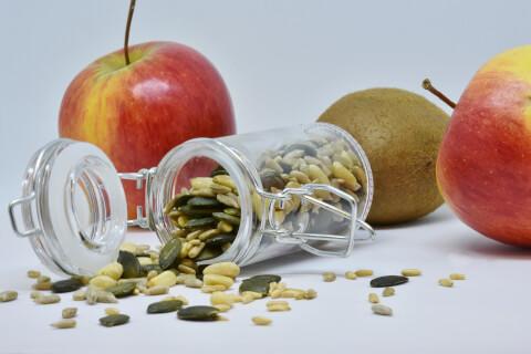 果物と植物の種子
