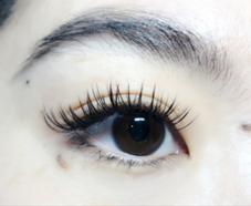 eyelashMELCI所属のmelciMAKI