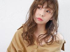 hair &makeEARTH所属の河野瑞希