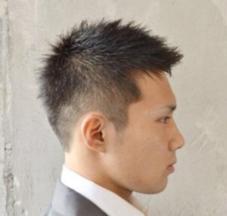 luxurybarber髪ing武蔵関店所属の高松美咲