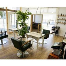 hair atelier nine所属の高橋 沙也加