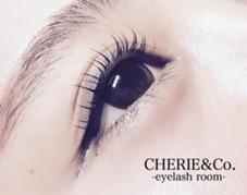CEHRIE&Co. - eyelash room -所属のCHERIE&Co.代表 ayako