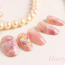 Private nailsalon Hearty所属のnailHearty