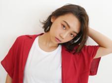HAIR&MAKE   EARTH所属の岡田麻里