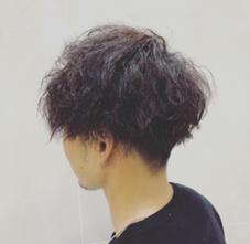 Camellia hair所属の山下歩乃香