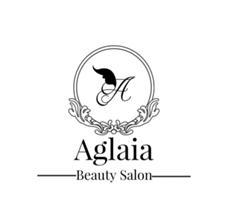 Aglaia所属の小倉萌美
