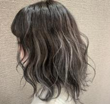 HAIR&MAKE EARTH甲府昭和店所属の清水亮太