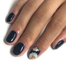 nail &eyelash salonIVY所属の谷口安弥