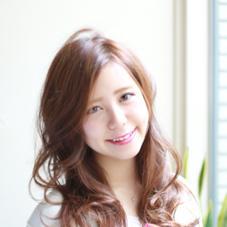 hair salon Travis所属の鈴木美穂