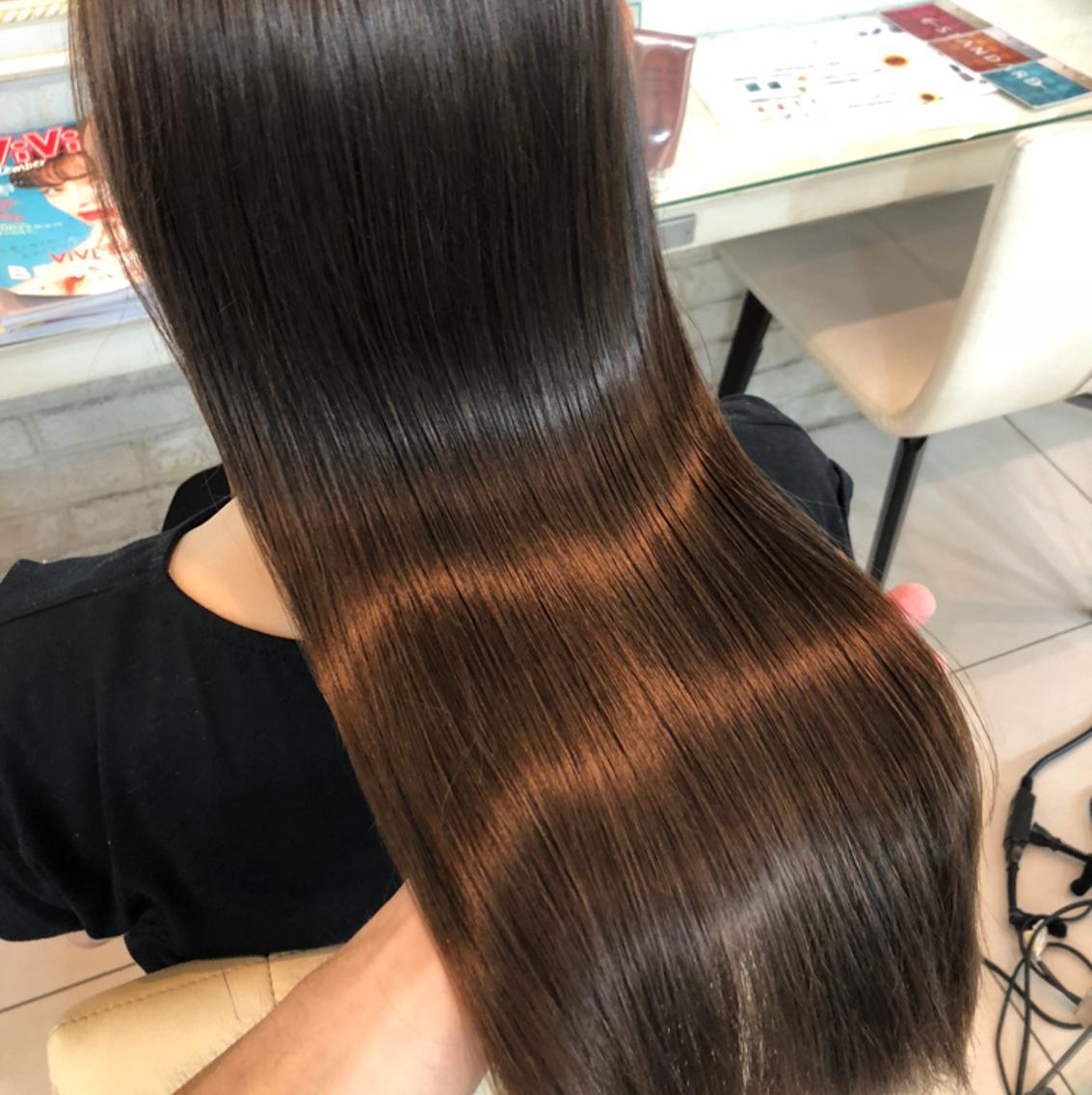 【すぐ予約OK】アイロン・ドライヤー毎日使いがちな人必見!驚きのサラツヤ!!髪を綺麗にしたい方・傷みなどパサつきで悩んでる方!   蘇る髪の毛最高の手触り  プラチナトリートメント!