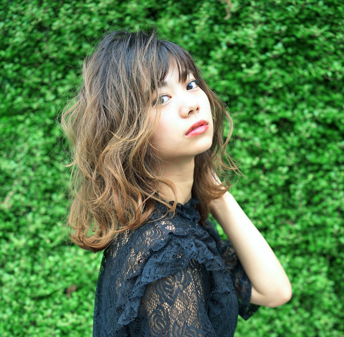 高松市の隠れ家サロン『 NUM 』✂️✂️✂️     外国人風カラーも洗練された技術で旬なヘアスタイルをお届け✨✨  お得なクーポンもありますよ