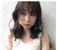 HAIRSTUDIOsoiree所属の佐藤舞