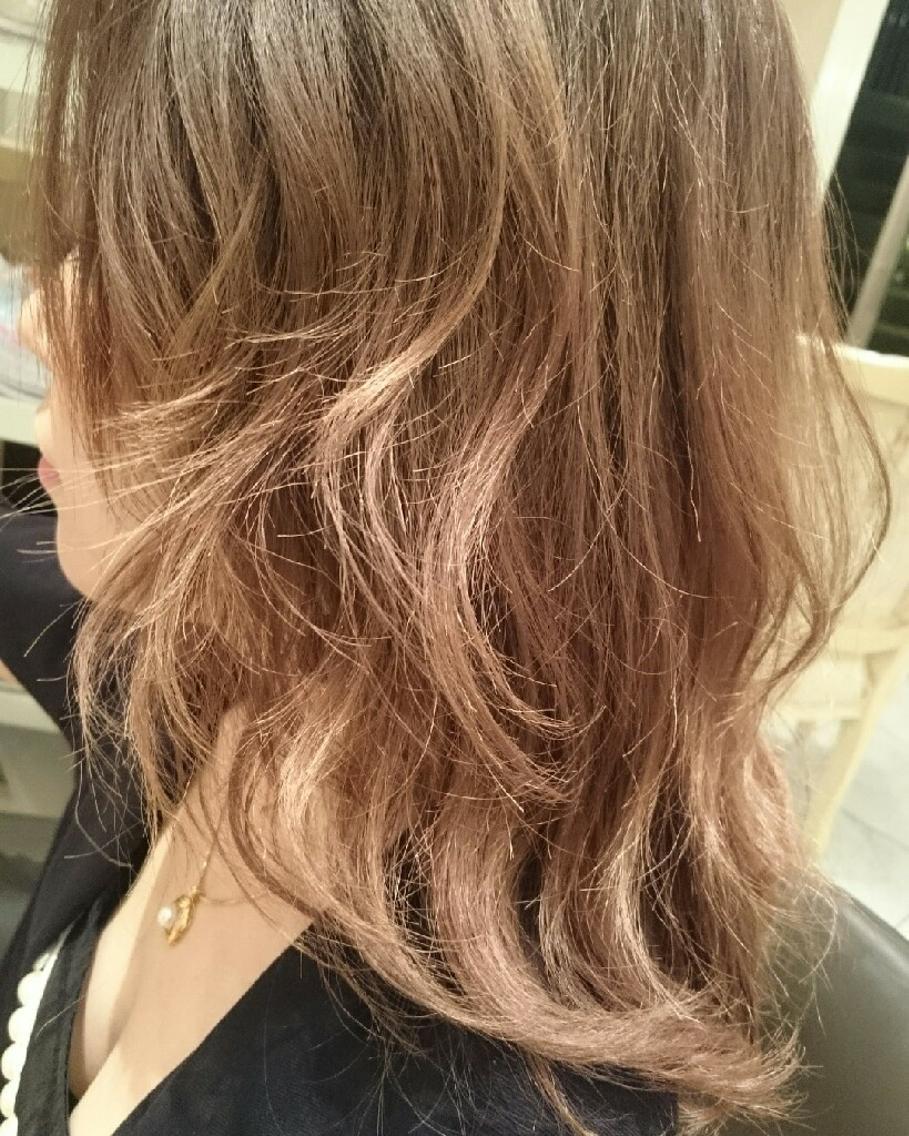 巻き髪がより可愛い!3Dカラーでイメージチェンジしませんか?