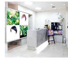 SUGIMOTO美容室所属のなかむらまりな