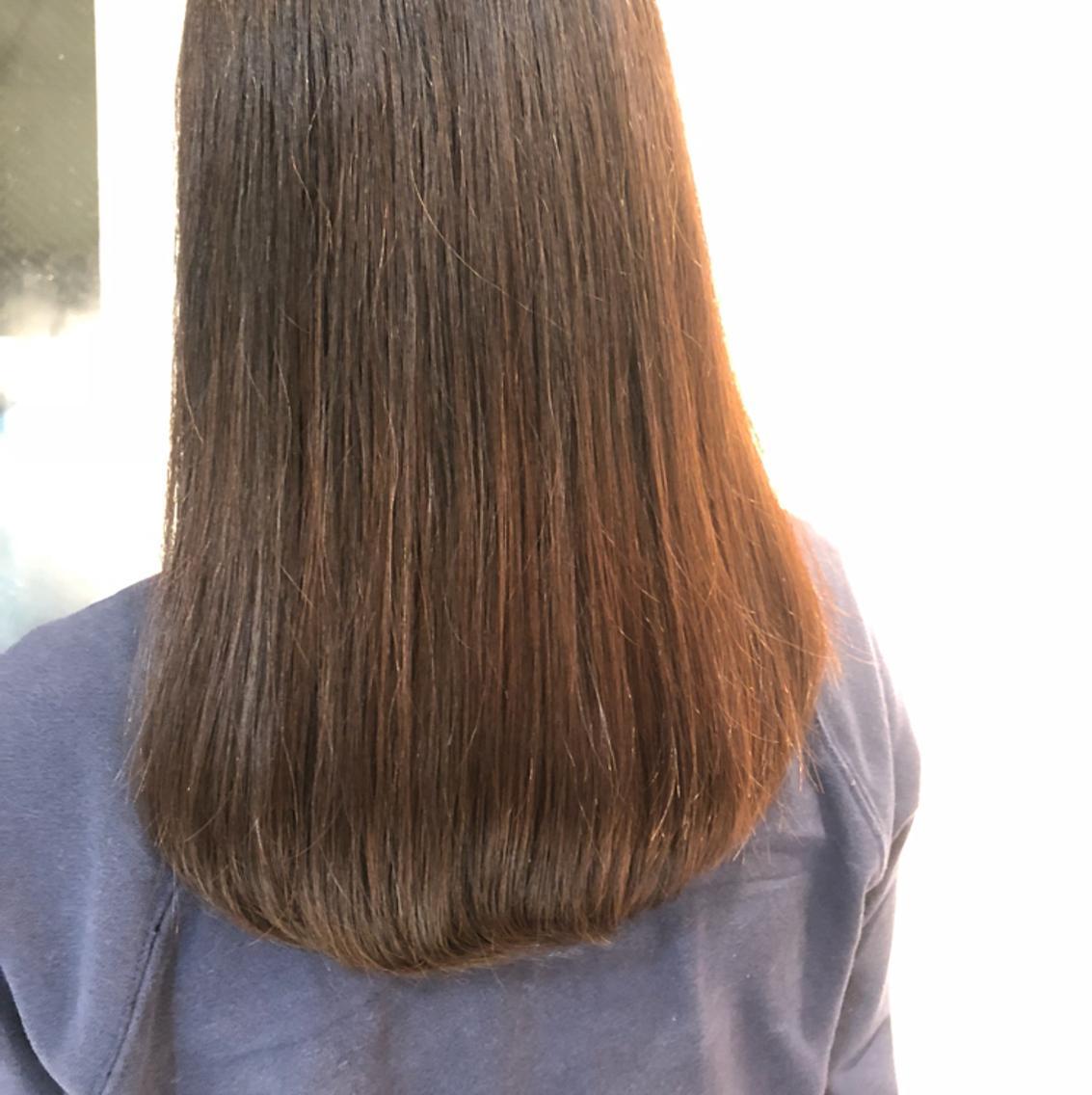 急募!!!19日の土曜夜21時からスタイリング(コテ巻き)モデルを募集します!髪の長さ鎖骨以上の方(写真程度)が対象です!サービスで20時からカラーとトリートメントをサービスさせていただきます!
