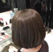 HAIR&MAKE EARTH上野店所属の尾高元樹