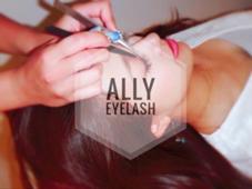 ALLY eyelash所属のまつ毛エクステALLY