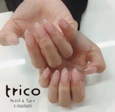 trico nail心斎橋店所属の伊藤鈴菜
