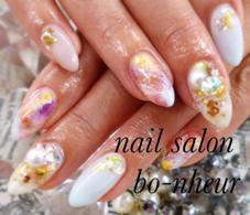 nail salon  bo-nheur(ボ・ヌール)所属の瀬戸望見