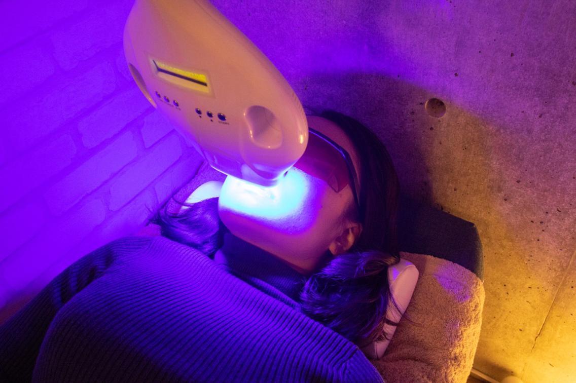 【ホワイトニング🦷】白い歯で輝く笑顔に❣️❣️1回1900円 2回3800円写真映えGET😆セルフホワイトニング!