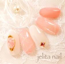 jelita nail所属の麻生理香子