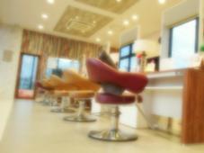 HAIR&MAKE EARTH佐賀鳥栖店所属の光永彩香