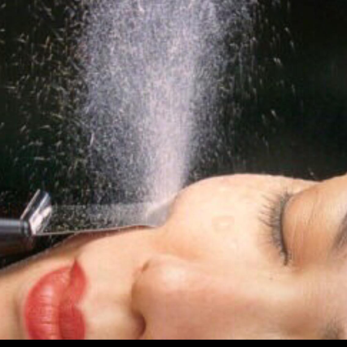 毛穴改善小顔ヒアルロン酸導入❗️このコースで毛穴も小顔も保湿も体験❣️45分7000円⇨2980円とてもお得です当日予約OK