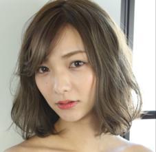 hair&make earth大分セントポルタ店所属のスタイリスト 吉岡碧